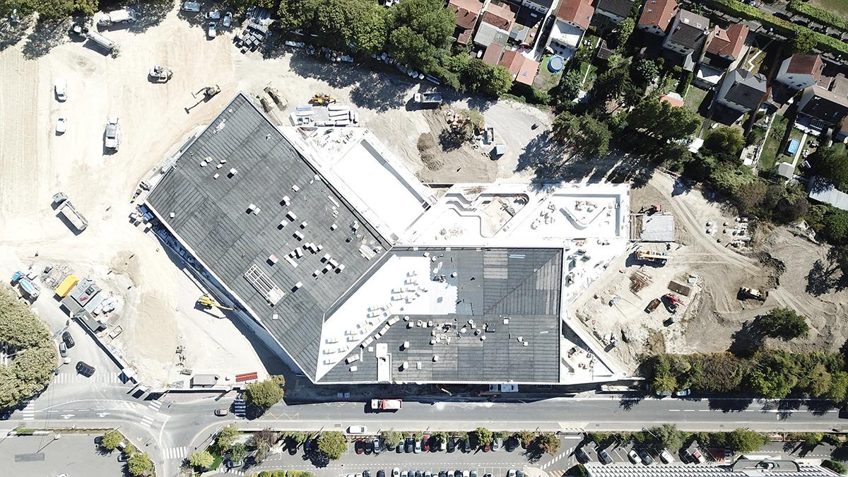 Septembre 2020 - Achèvement de la construction de la toiture